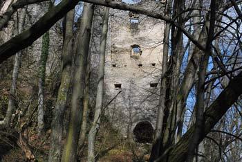 Iz gradu Kunšperk se odpre razgled na Zagorje, Sotelsko gričevje, Orlico in sosednji Cesargrad.
