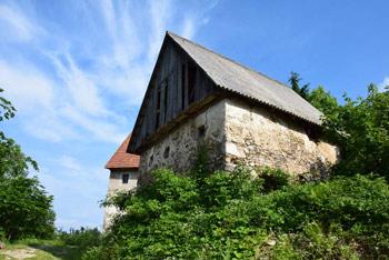 Hudournik je najlepši razglednik Vojskarske planote s pogledom na Spodnje Bohinjske gore.