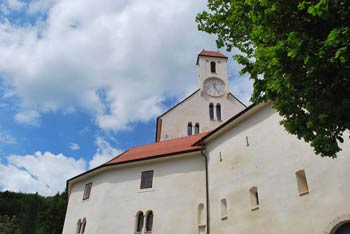 Grad Pišece je eden naših najlepših gradov.
