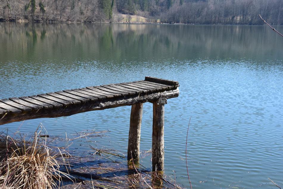 Sprehod ob ribnikih v dolini Drage blizu Krima nas pritegne s svojo drugačnostjo.