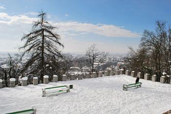 Krožna pot na Šance, ki jih je uredil arhitekt Jože Plečnik je primerna tudi za družine z majhnimi otroki.