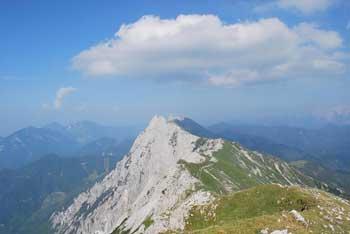 Veliki vrh je najvišja gora karavanškega grebena Košuta.