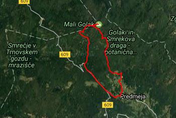 Pešpot do Iztokove koče pod Golaki je dobro označena s številnimi planinskimi smerokazi in je del daljše poti na Mali Golak.