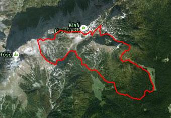 Kljub označeni poti, ki vodi na Veliki Draški vrh si pomagamo s gps sledjo.