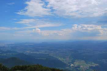 Iz Cjanovce se odpre zelo lep razgled na Savsko ravan in Kamniške vrhove.