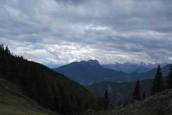 Mala Peca je predvrh višje mitske istoimenske gore.