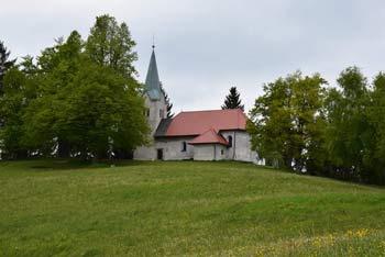 Na Osolniku se nahaja cerkvica svetega Mohorja in Fortunata. Po legendi je svetnik obiskal vrh in se še danes poznajo njegove sledi.