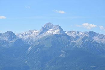 Če si na Soriški planini zaželimo miru, se odpravimo na odmaknjen Šavnik.