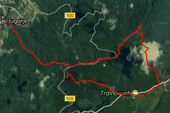 Na Gospodično, zdravilni izvir, se povzpeno z vasi Gabrje. Hoditi pa pričnemo pri Šumečem potoku.
