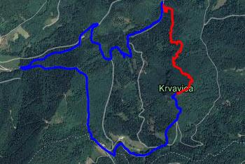 Pot na Krvavico je dokaj strma, vračamo pa se krožno po makadamski cesti.