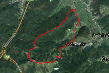 GPS sled prikazuje krožno pot, ki nas preko Orel vodi do brunarice Zadvor.