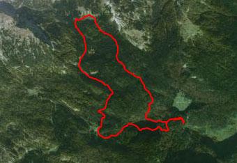 GPS sled prikazuje krožno pot preko Planine v Lazu in Planine pri Jezeru.