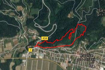 Radlje ob Dravi so znane po starem gradu in Hudi luknji, prvi turistični kraški jami pri nas.