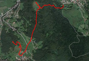 Pot do cerkve svete Ane nad Podpeškim jezerom ne terja uporabe gps sledi.